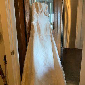 Rivini 'Silk' wedding gown